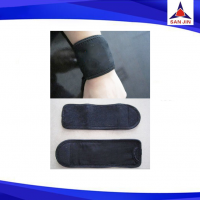 Medical neoprene wrist support protector with inner pocket for ice pack